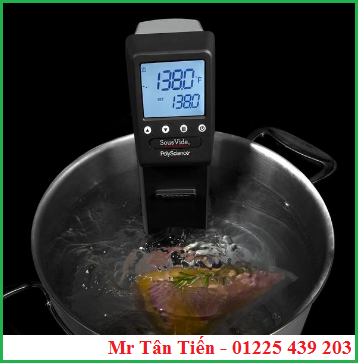 Bộ điều nhiệt MX (PolyScience) trong nồi nấu để thực hiện phương pháp Sous Vide.