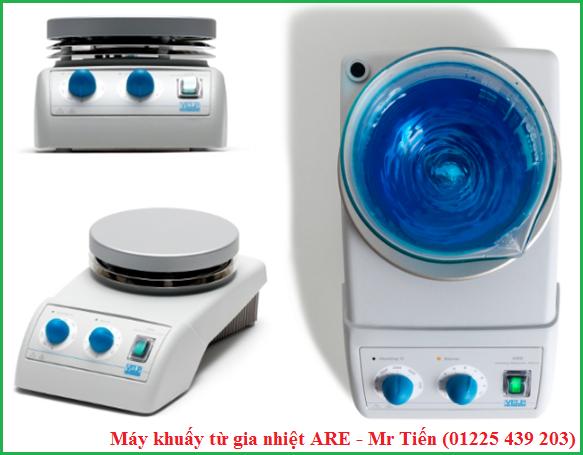 Máy khuấy từ gia nhiệt ARE giúp khuấy trộn và làm nóng chất lỏng trong phòng thí nghiệm.