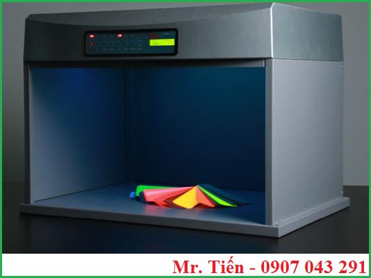 Màu sắc của bóng đèn ánh sáng tia UV trong tủ soi màu vải P60+